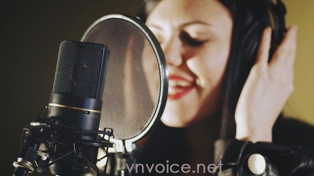 thu âm quảng cáo, diễn viên lồng tiếng, giọng đọc quảng cáo, thu âm